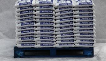 White Salt 5Kg Packs Pallet Shot 1